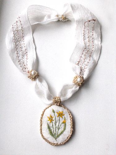 24_wedding_white_necklace